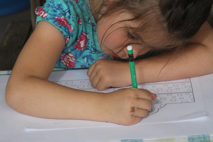 יצירה לילדים לפסח | כתר צפרדע | פרינטבל חינם להדפסה | https://naamasimanim.co.il/