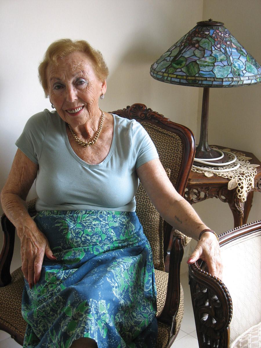 בגדים של סבתא