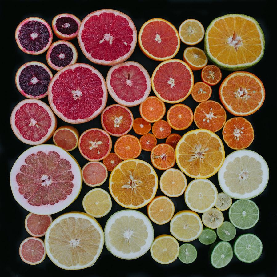 מיון לפי צבעים | photo by Emily Blincoe | בלוג סימני דרך | naamasimanim.co.il