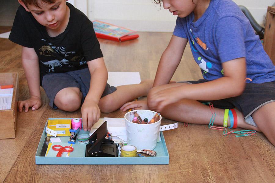 מה עושים עם הילדים בעבודה? | פעילויות לילדים בחופש הגדול | הבלוג סימני דרך | naamasimanim.co.il