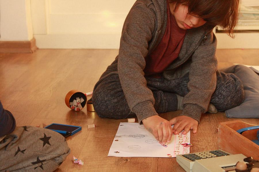 מה עושים עם הילדים בעבודה | פעילויות לילדים בחופש הגדול | הבלוג סימני דרך | naamasimanim.co.il