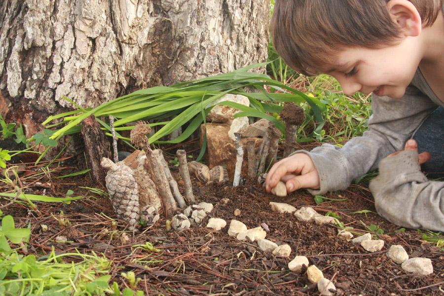 "naamasimanim.co.il / ""יצירה עם ילדים בטבע | פעילות עם ילדים בטבע | בית לפיות | בלוג ""סימני דרך"