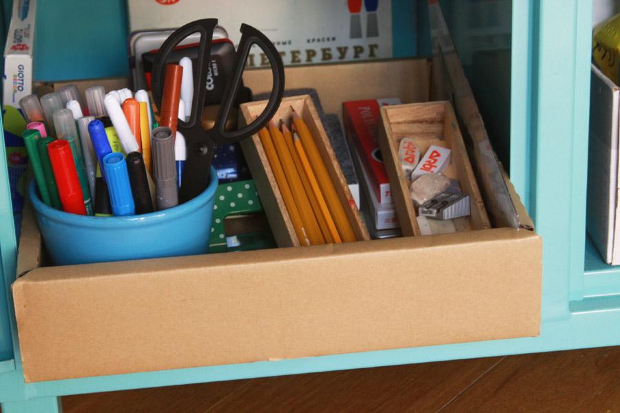שיפוץ פינת עבודה לילדים | פינת עבודה ויצירה | מגש לציוד בית ספר | בלוג סימני דרך | naamasimanim.co.il